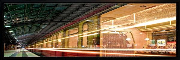 S-Bahn dynamisch. Geliebt und gehasst, ist die S-Bahn doch eines der wichtigsten Verkehrsmittel in Berlin. (Foto: Ralf Salecker)
